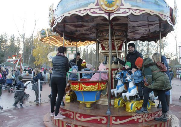 Radiobilar eller karusell?